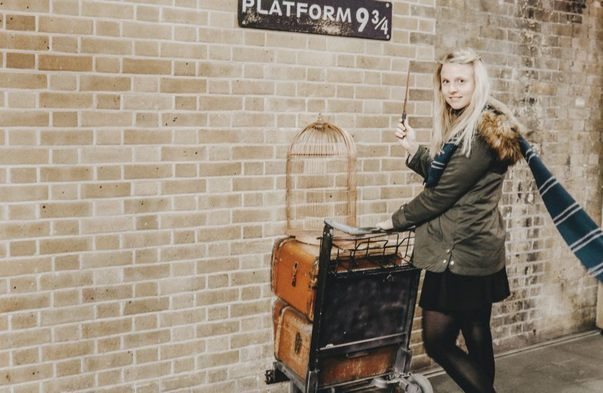 Harry Potter feiert sein 20-jähriges Jubiläum – Interview mit der Carlsen Pressechefin Katrin Hogrebe
