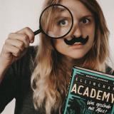 7 Gründe, weshalb die Truly Devious Reihe (Ellingham Academy) ein absolutes Muss ist