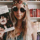Rezension: Daisy Jones & The Six – TAYLOR JENKINS REID